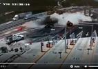 Xe chở thép lao vào trạm thu phí, cả đoạn đường bị 'san bằng' sau vụ tai nạn kinh hoàng