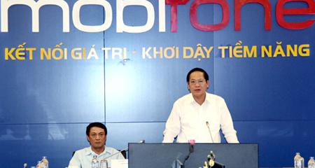 Bộ Trưởng Bộ TT&TT Trương Minh Tuấn làm việc với MobiFone