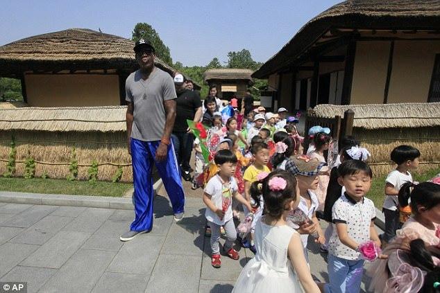 'Khách VIP' của Kim Jong Un làm gì ở Triều Tiên?