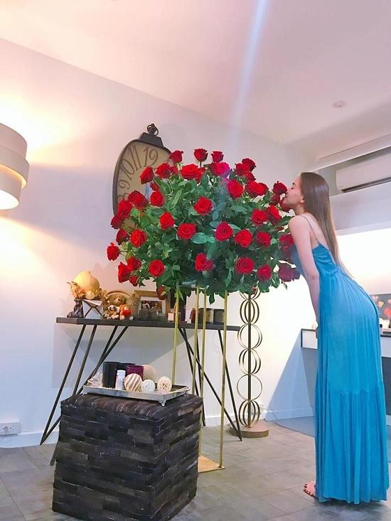 Diễn viên Bảo Thanh khoe ảnh hạnh phúc ngập tràn bên chồng