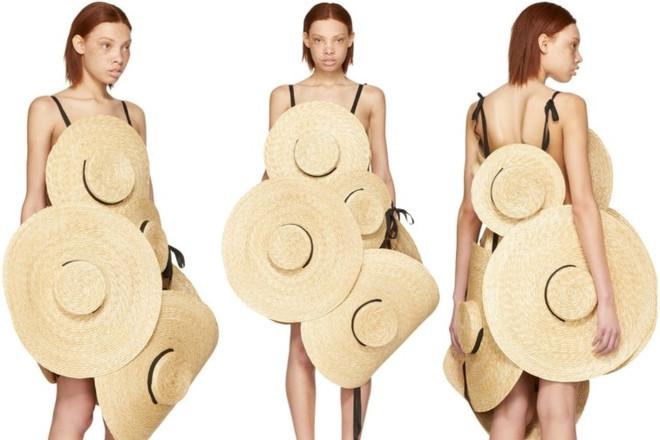 Chiếc váy được ghép từ 8 chiếc mũ có gì đặc biệt?