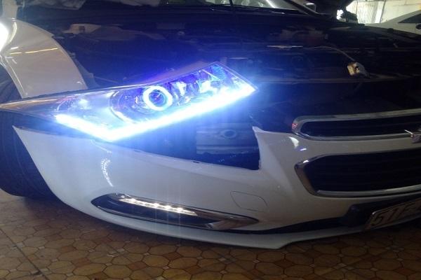 Độ đèn cho ô tô - Thú chơi nguy hiểm