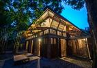 Giữa trung tâm Hà Nội có ngôi nhà tre truyền thống đẹp thế này sao?