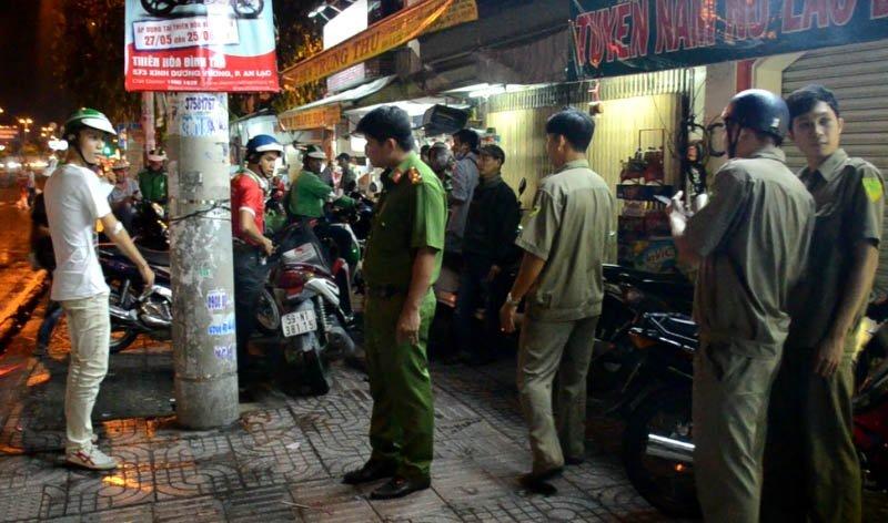 tài xế GrabBike, xe ôm truyền thống, bến xe Miền Tây, Sài Gòn, Công an