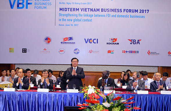 Diễn đàn kinh tế Việt Nam, VBF, Vương Đình Huệ, Vũ Tiến Lộc, VCCI, đầu tư nước ngoài