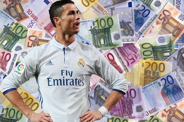 Ronaldo dùng MU moi tiền Real: Không dễ lừa 'bố già' Perez!