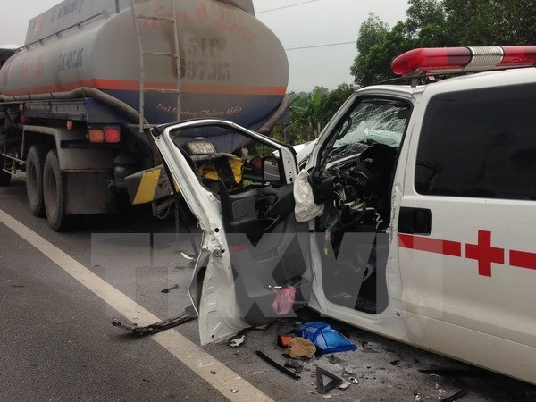 Xe cấp cứu gây tai nạn, 1 người tử vong tại chỗ