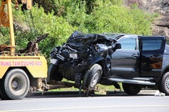 Xe bán tải tông xe khách gần hầm Hải Vân, 6 người bị thương