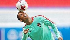 Nóng chuyển nhượng Ronaldo, Bayern hết hồn vì Sanchez