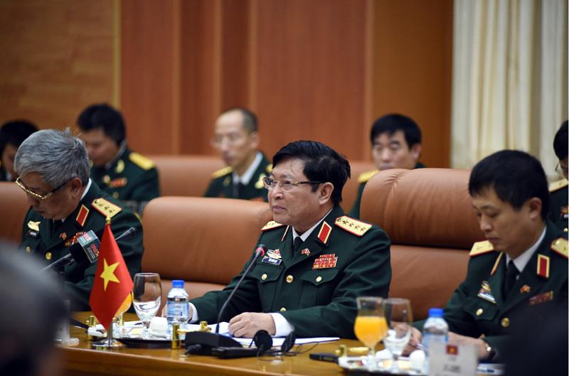 Việt - Trung, giao lưu biên giới Việt - Trung, Ngô Xuân Lịch, Bộ trưởng Quốc phòng