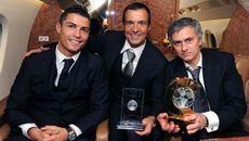 MU hốt mẻ lưới Ronaldo: Quỷ đỏ thật đáng sợ!