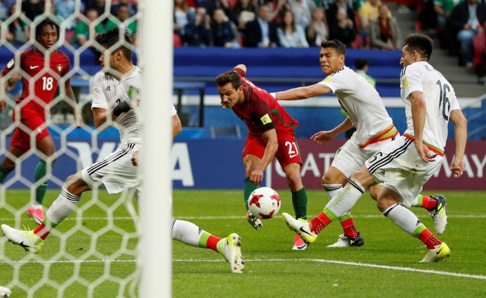 Video bàn thắng Bồ Đào Nha 2-2 Mexico