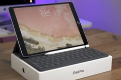 Microsoft tố Apple sao chép ý tưởng để tạo iPad Pro