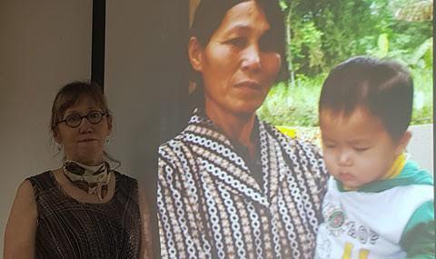 Nhà báo Mỹ: 'Chuyện nào ở Mỹ Lai cũng khiến tôi ám ảnh'