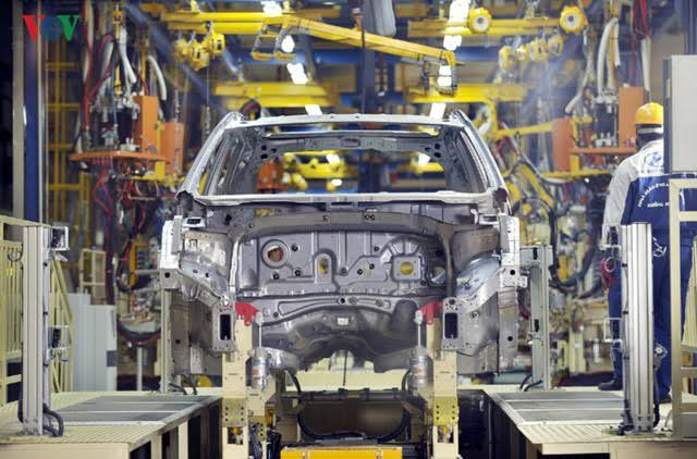 thuế tiêu thụ đặc biệt với ô tô, công nghiệp ô tô, ô tô giảm giá, ô tô nhập, mua ô tô, ô tô giá rẻ
