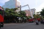 Lửa thiêu rụi quán karaoke 6 tầng giữa phố Đà Nẵng
