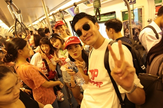 Quang Đại, Sa Lim, Du lịch Thái Lan