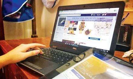 Hàng vạn tài khoản kinh doanh online vào 'tầm ngắm'
