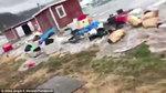 Sóng thần đẩy hàng 'núi' băng ập vào Greenland