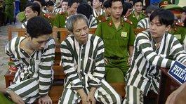 Nhà báo kể chuyện những 'bàn tay' thế lực phía sau Năm Cam