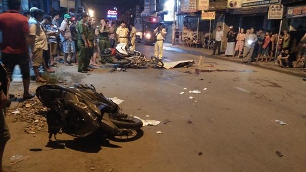 tai nạn, tai nạn giao thông, đâm xe máy, tai nạn liên hoàn, Sài Gòn
