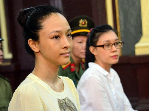 Hoa hậu Phương Nga bất ngờ từ chối luật sư bào chữa