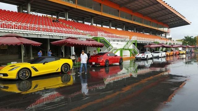 Cường Đô la 'đua nóng' cùng các thiếu gia siêu xe Sài Gòn