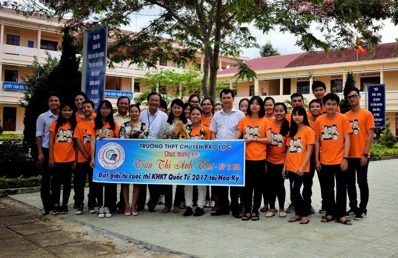 Mê khoa học, nữ sinh Lâm Đồng 'đứng ngoài' kỳ thi THPT quốc gia