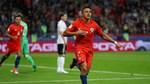 Sanchez đi vào lịch sử, Chile buộc Đức phải cưa điểm