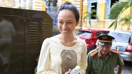 Hoa hậu Phương Nga 'lắm chiêu' hay nạn nhân của đồng tiền?