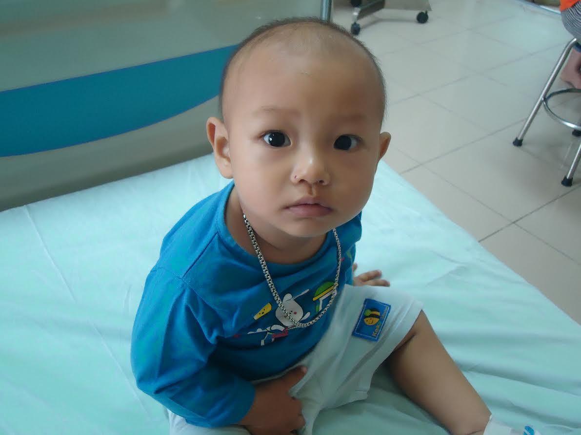 Hơn 20 triệu đồng tiếp tục đến với bé Phạm Nhật Anh mắc bệnh ung thư