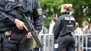 Đức đột kích hàng chục ngôi nhà vì phát ngôn gây thù hận trên mạng