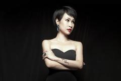 Công an điều tra vụ mất trộm 100 triệu của ca sĩ Uyên Linh