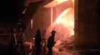 Cháy nổ lớn ở quận 4: Thiêu trụi nhà kho hơn 4.000m2