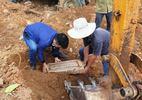 Tìm thấy bia mộ vợ vua triều Nguyễn tại dự án bãi đỗ xe