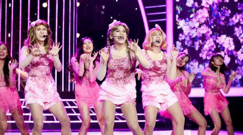 Màn hóa thân nữ ca sĩ Taeyeon - nhóm SNSD của Quốc Thiên: