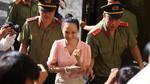 Hoa hậu Phương Nga: 'Bị cáo chung phòng với anh Mỹ khi ra nước ngoài'