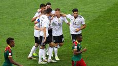 Đè bẹp Cameroon, Đức chạm trán Mexico ở bán kết
