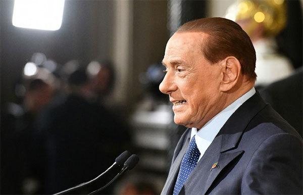 Berlusconi, Thủ tướng Italia