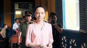 Vụ hoa hậu Phương Nga: Người bí ẩn đã có mặt tại tòa