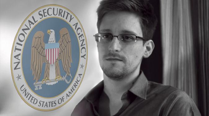 """Lỗ hổng """"không thể tin nổi"""" của an ninh tình báo Mỹ"""