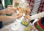 Chạy 'sô' ăn cỗ thuê mùa cưới - nghề lạ kiếm tiền 'khủng'