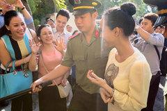 Mẹ hoa hậu Phương Nga: Mai Phương dẫn dắt tôi để chạy án