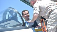 Tổng thống Syria thử lái Su-35 tại căn cứ không quân Nga
