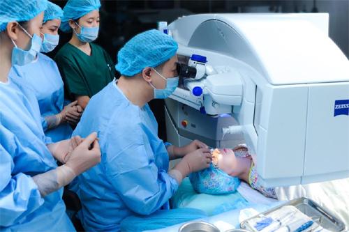 ReLEx SMILE- Kỷ nguyên mới trong phẫu thuật tật khúc xạ