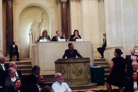 GS Châu phát biểu tại Viện Hàn lâm khoa học Pháp