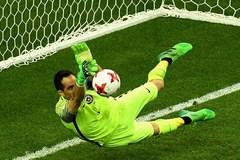 """Người hùng Bravo giúp Chile loại Bồ Đào Nha sau màn """"đấu súng"""""""