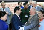 Chủ tịch nước gặp mặt các bạn Nga