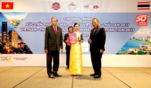 Nam A Bank vào top 10 doanh nghiệp ASEAN tiêu biểu 2017