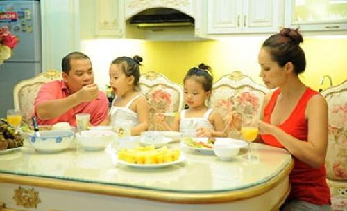 """Những mẫu phòng bếp của sao Việt 'đốt cháy"""" từ cái nhìn đầu tiên"""
